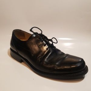 JOHNSTON AND MURPHY MENS SIZE 8.5 LIKE NEW